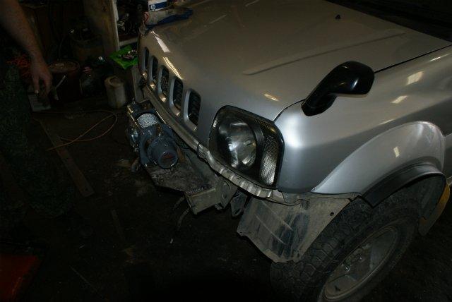 Suzuki Jimny без переднего стандартного бампера
