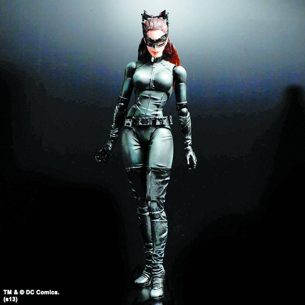Batman Play Arts Kai 2 Selina Kayl