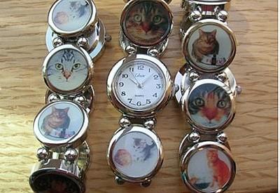 Часы с кошками