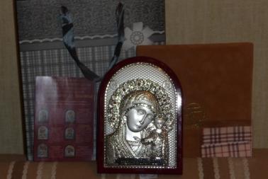 Серебряная икона