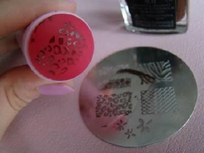 3342764_nail_stamping_8_thumb (400x300, 12Kb)