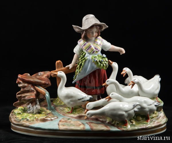 Фарфоровая статуэтка Девочка с гусями. Ernst Bohne Sohne, Германия. 1901-37 гг.